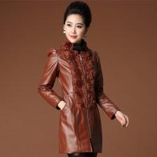 啊利彩欧美重工立体盘花制作外套 冬装皮连衣裙