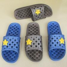 夏季新款洞洞鞋情侣沙滩拖鞋大码男士浴室洗澡拖鞋凉拖鞋